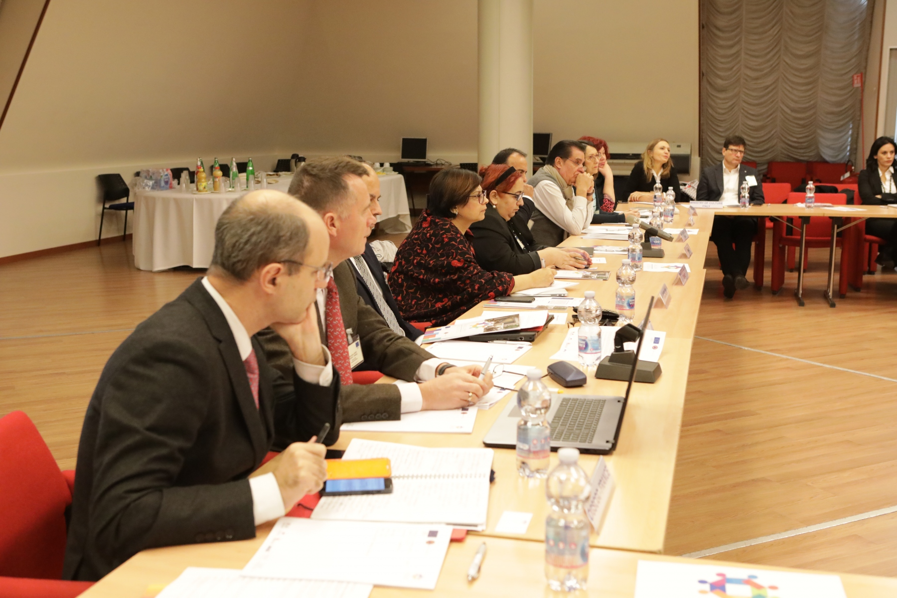 roundtable2
